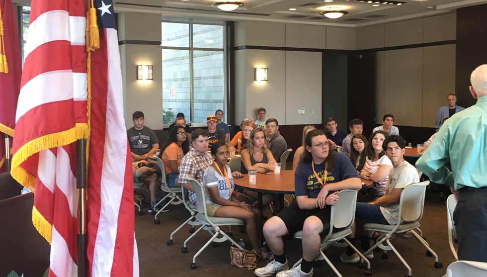 Department of political science the university of tennessee knoxville great to see so many of our first year students at the annual political science meet and greet thanks to the baker center for hosting m4hsunfo